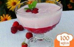 Фото рецепта: «Коктейль слоеный из малины и ряженки»