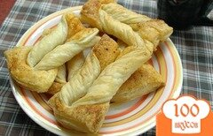 Фото рецепта: «Слойки с паприкой и солью»