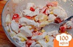 Фото рецепта: «Салат с курицей и ананасами»
