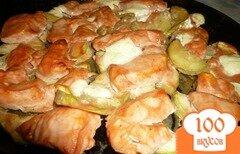 Фото рецепта: «Куриная грудка с кабачком»