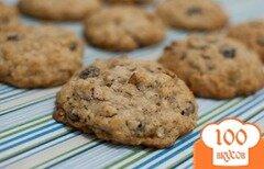 Фото рецепта: «Овсяное печенье с изюмом и орехами»