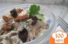 Фото рецепта: «Куриный салат с вишней и пеканом»