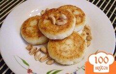 Фото рецепта: «Сырники с арахисом»