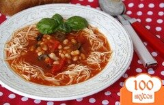 Фото рецепта: «Средиземноморский томатный суп с фасолью и пастой»
