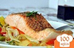 Фото рецепта: «Лосось с луком и сладким перцем»