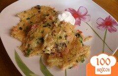 Фото рецепта: «Картофельные оладьи с ветчиной и сыром»