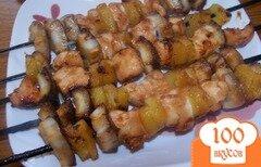 Фото рецепта: «Куриный шашлык с кокосом и ананасом»