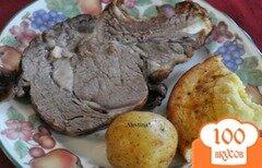 Фото рецепта: «Запеченная говядина с Йокширским пудингом»