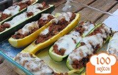 Фото рецепта: «Кабачки в духовке с фаршем»