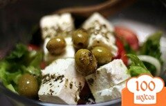 Фото рецепта: «Салат греческий с оливками»