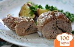 Фото рецепта: «Свинина с чесночной-луковой начинкой»