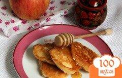 Фото рецепта: «Оладьи с яблоком»