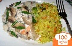 Фото рецепта: «Семга под молочно-сырным соусом с грибами и вином.»