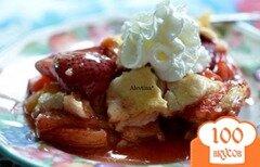 Фото рецепта: «Пирог с ревенем и клубникой»