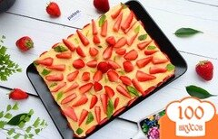 Фото рецепта: «Клубничный торт с заварным кремом»