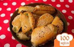 Фото рецепта: «Рулетики из французского теста со шпинатом и брынзой»