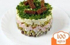 Фото рецепта: «Салат с сухариками и ветчиной»