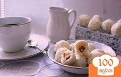 Фото рецепта: «Кокосовые конфеты с миндалем»