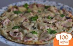 Фото рецепта: «Пицца на сковороде с ветчиной»