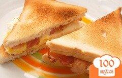 Фото рецепта: «Сэндвич с беконом и яйцом»
