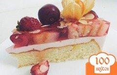 Фото рецепта: «Бисквитно-желейный торт с суфле»