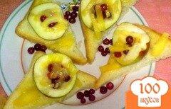 Фото рецепта: «Тосты с сыром и фруктами»