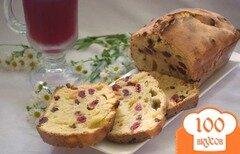 Фото рецепта: «Кефирный кекс с вишней и изюмом»
