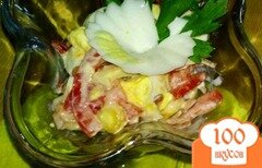 Фото рецепта: «Салат с кальмарами и кукурузой»