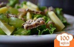 Фото рецепта: «Салат с ржаными хлебцами»