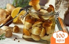 Фото рецепта: «Маринованные белые грибы с уксусом»