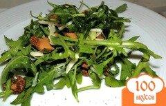 Фото рецепта: «Салат с лисичками и зеленью»