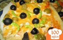 Фото рецепта: «Пицца с оливками, курицей и болгарским перцем»