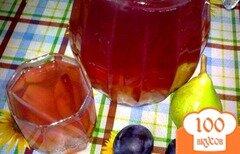Фото рецепта: «Компот ягодный с грушей»