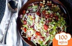 Фото рецепта: «Салат с нутом и колбасой»