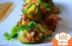 Фото рецепта: «Салат из цукини с беконом»