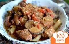 Фото рецепта: «Свинина с паприкой и грибами шиитаке»