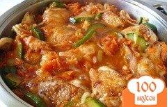 Фото рецепта: «Ароматная курица с кабачками в соусе»