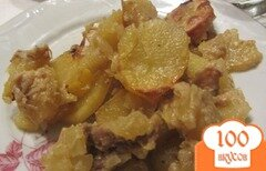 Фото рецепта: «Аппетитный картофель тушенный с грибами и свининой.»