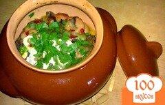 Фото рецепта: «Картофель с сосисками в горшочке»