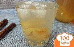 Фото рецепта: «Яблочный компот с изюмом, курагой и кардамоном»