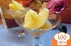 Фото рецепта: «Груша маринованная в сахарном сиропе с виски»