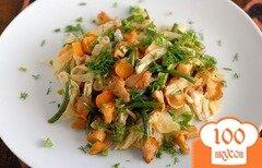 Фото рецепта: «Салат из лисичек с курицей»
