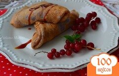 Фото рецепта: «Овсяные блинчики со смородиновым сиропом»