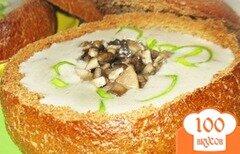 Фото рецепта: «Суп пюре из шампиньонов в хлебе»