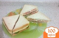 Фото рецепта: «Сэндвич быстро, вкусно и сытно»