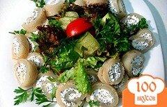 Фото рецепта: «Кальмары фаршированные с салатом»