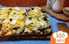 Фото рецепта: «Пицца грибная с печеной курицей и сыром дор-блю»