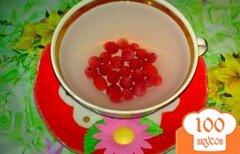 Фото рецепта: «Компот из красной смородины с шиповником»