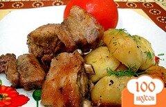Фото рецепта: «Рёбрышки запеченные с картофелем»