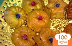 Фото рецепта: «Кексы со смородиной и имбирем»
